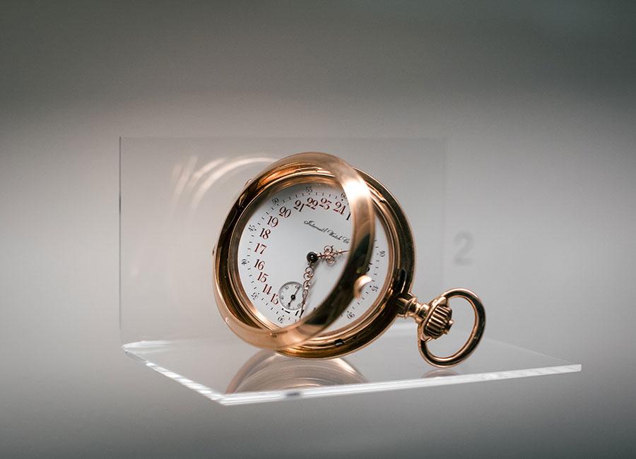 Manifattura IWC di Schaffhausen - Nella foto alcuni esemplari dei primi orologi da tasca costruiti da Florentine Ariosto Jones. Gli esemplari sono esposti nel museo ( inaugurato nel 1993) al piano terra dell'edificio principale della Manifattura IWC di Schaffhausen.