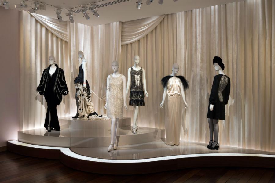 Abiti in esposizione: Musée Yves Saint Laurent Paris credits Luc Castel