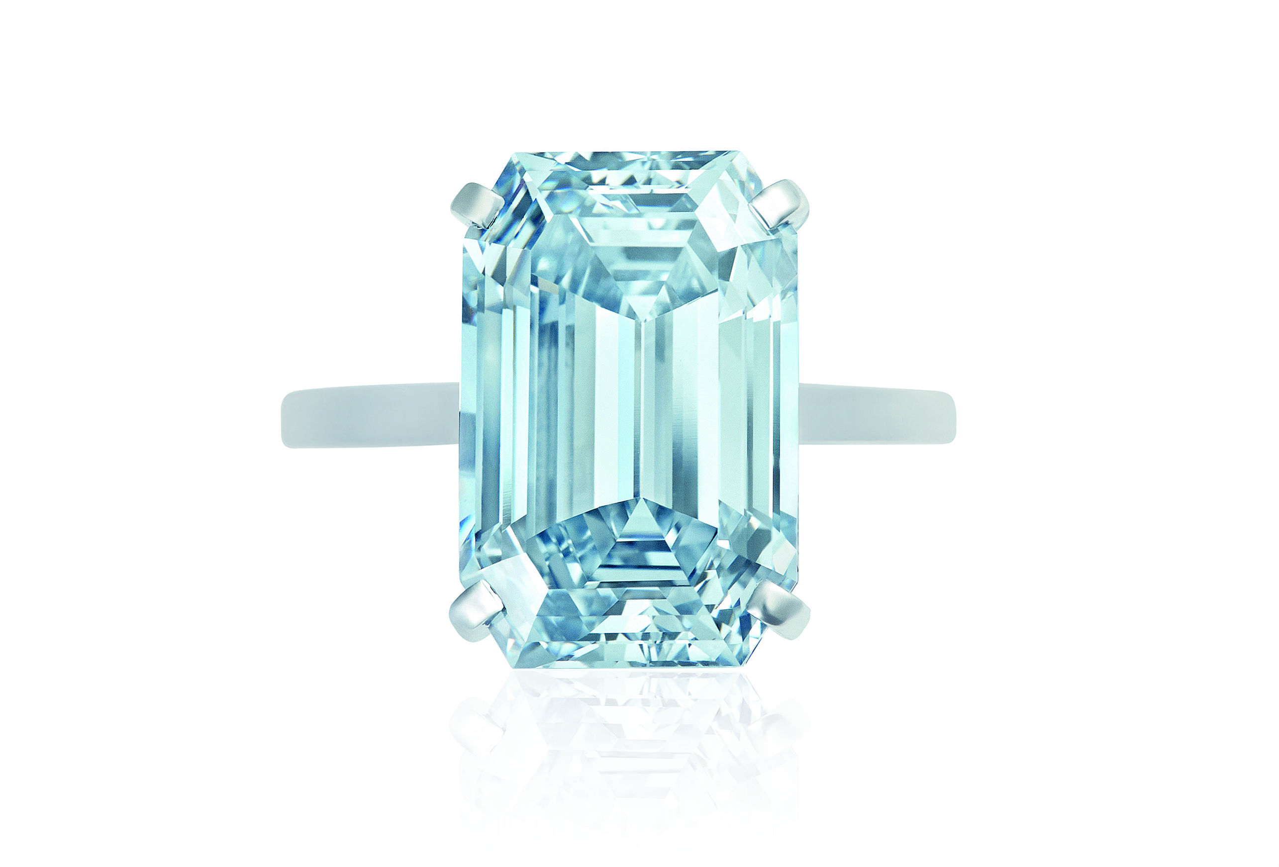 Diamante montato su anello, Christie's – Magnificent Jewels – Lotto 495 Diamante Fancy Intense Blue, IF di 8.67 cts. Venduto per $13'218'284.