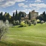Castel Porrona Relais & Spa, un brindisi in un borgo medievale