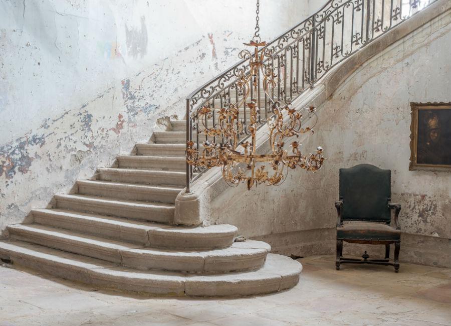 Château de Gudanes - Aree interne del castello con la scalinata di accesso ai livelli superiori