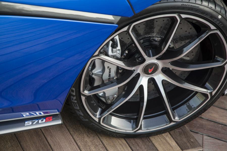 McLaren 570S Spider - dettaglio ruota