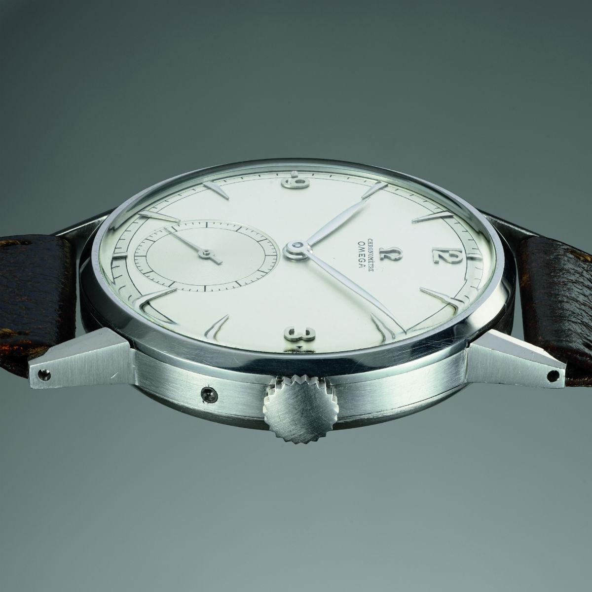 Omega Tourbillon 30 I in acciaio (1947) - credit: Phillips Watches