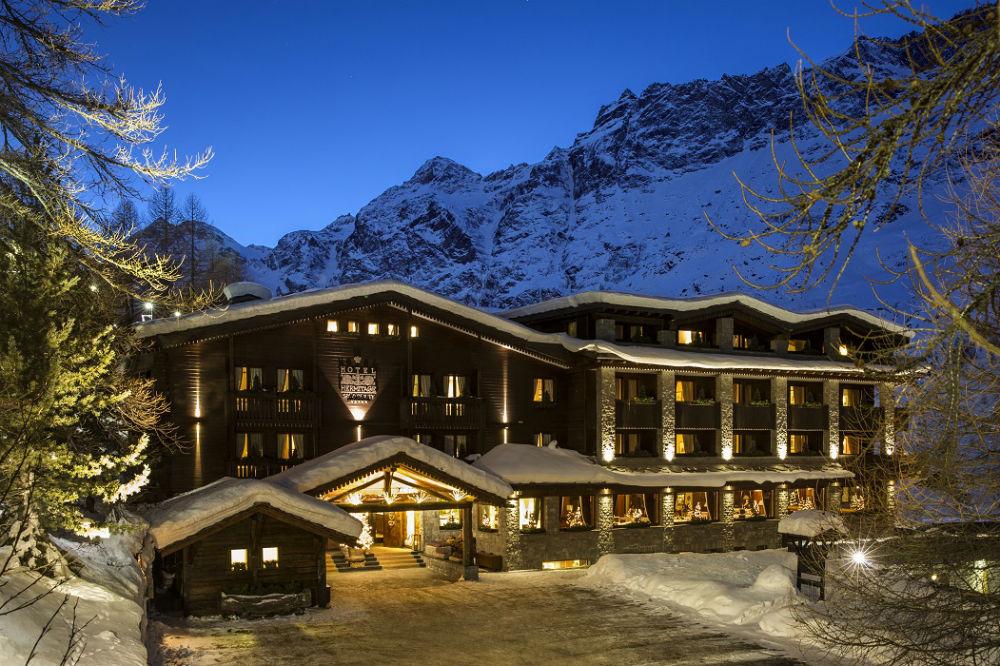 Hotel Hermitage Restaurant & Beauty - veduta esterna con la neve