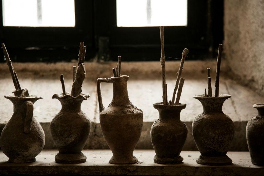 Alcuni oggetti necessari alla lavorazione all'interno dell'Atelier di Maurizio Tittarelli Rubboli