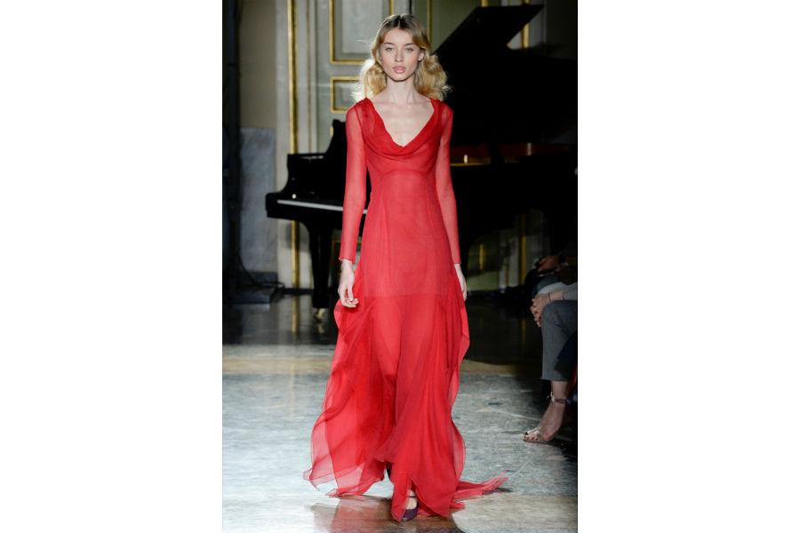 Natale - moda: proposta in rosso di Blumarine F/W 2017-2018