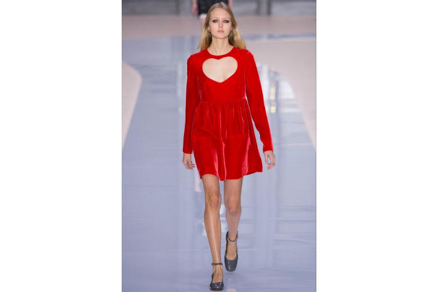 Natale - moda: proposta in rosso di Chloe F/W 2017-2018