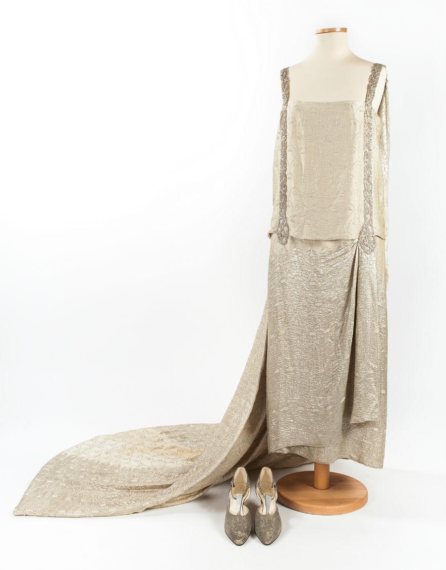 Outfit '900 - Palazzo Morando - Milano: Abito per ricevimento a corte, con scarpe abbinate