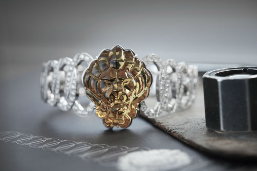 Chanel - L'Esprit du Lion - Les Éternelles Di Chanel, Orologio L'esprit Du Lion Beryl Secret in oro bianco con un berillo giallo scolpito a maschera di Leone (37.41 carati) - Arte glittica. Oro bianco e pavé di 541 brillanti.