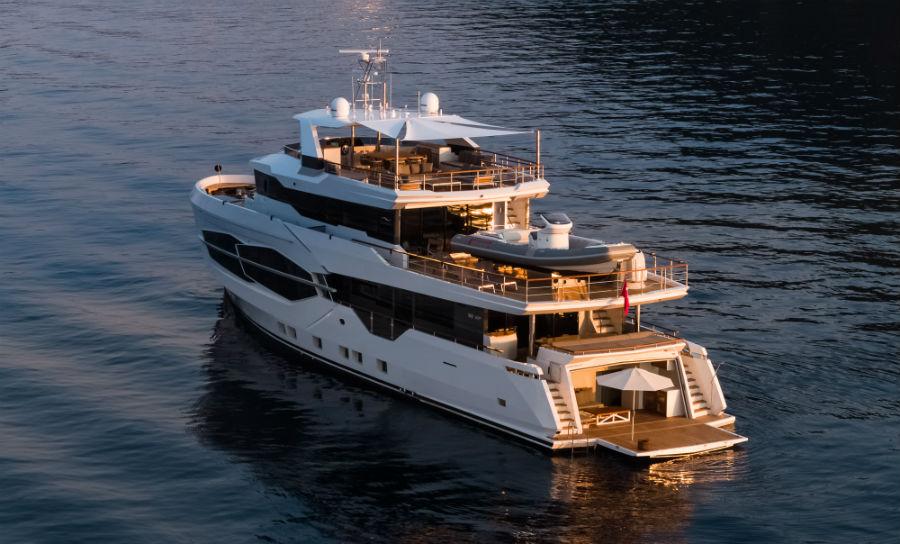 "Numarine 32XP ""Marla"" - Superyacht: vista dall'alto"