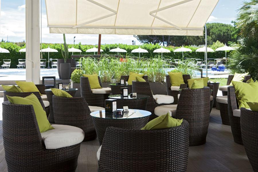 Terme Salus Hotel - Viterbo: Aree relax esterne
