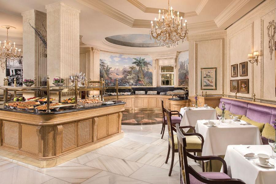 The Westin Palace Hotel, Madrid: angolo bar