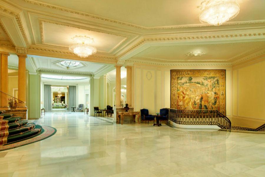 The Westin Palace Hotel, Madrid: scalinate di accesso ai piani
