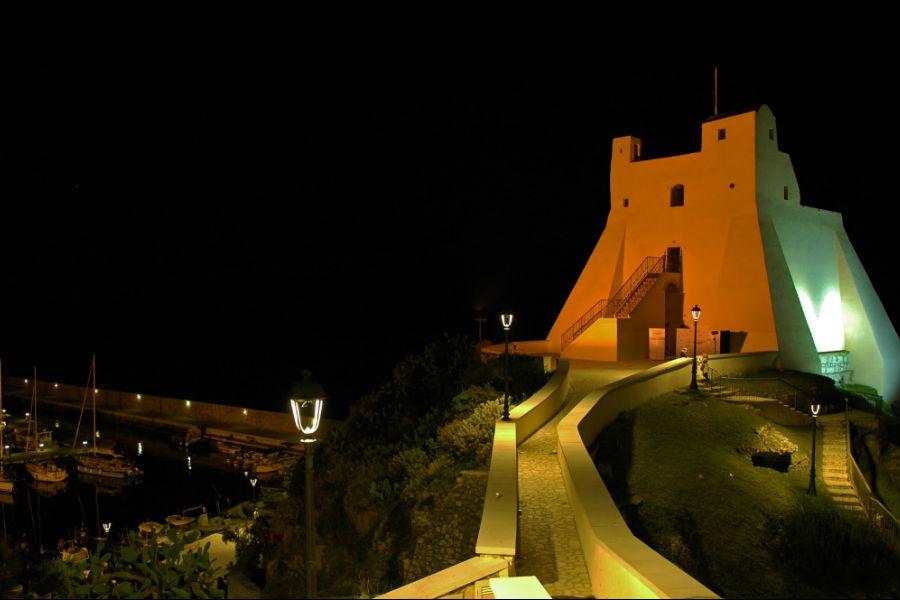 Viaggio in Italia nelle terre di Ulisse - Torre Truglia di antica fondazione romana