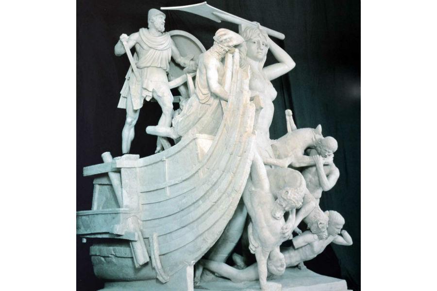 Viaggio in Italia nelle terre di Ulisse - Ricostruzione dell'attacco di Scilla alla nave di Ulisse