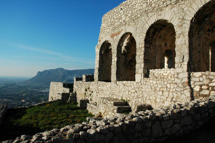 Viaggio in Italia nelle terre di Ulisse - Tempio detto di Giove Anxur a Terracina