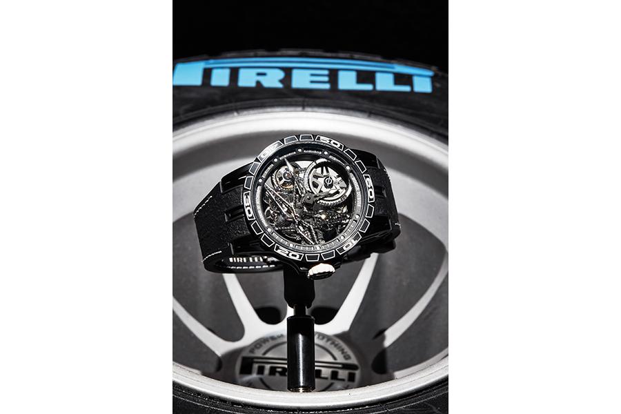 Intervista a Dorothée Henrio : nell'immagine orologio Roger Dubuis – Orologio Excalibur Spider Pirelli Automatico scheletrato