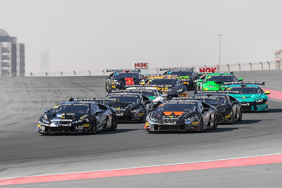Uno dei momenti del Super Trofeo Lamborghini durante la corsa del 17 Febbraio 2018 ad Abu Dhabi. Main Sponsor Roger Dubuis.