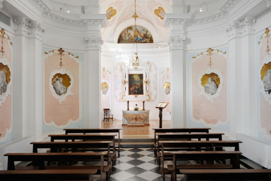 CastelBrando - luxury hotel in dimora storica nel Veneto: interno chiesa San Martino
