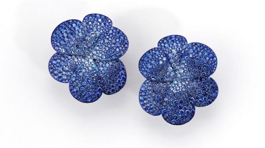 Glenn Spiro – Cover Earrings - Orecchini della Collezione 'G' Clover montati in titanio colorato.