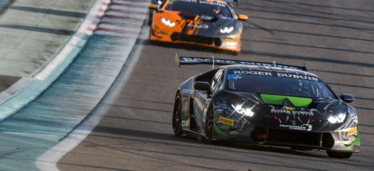 Lamborghini Huracàn Super Trofeo EVO in pista