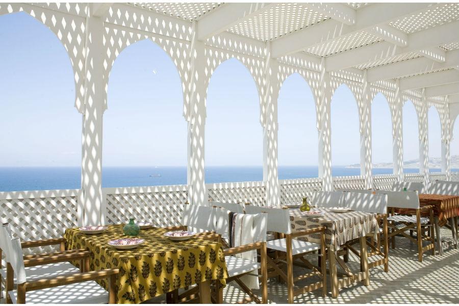 L'Hotel Nord-Pinus Tanger: terrazza affacciata sul mare
