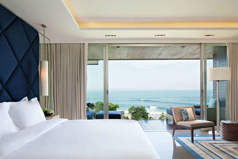 Como Uma Canggu, resort esclusivo a Bali: una camera con terrazza sull'oceano