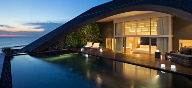 Como Uma Canggu, resort esclusivo a Bali: suite con piscina privata esterna