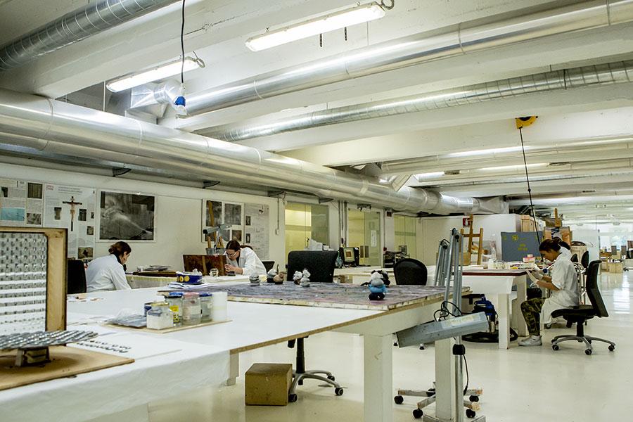 Isabella Villafranca Soissons - Open Care, Milano: Laboratorio di Conservazione e Restauro opere polimateriche, Open Care. Foto Alessandra Di Consoli