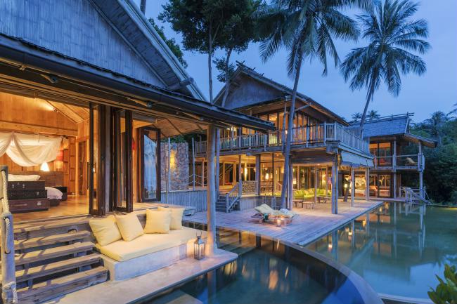 Soneva Kiri - luxury resort in Thailandia: ville con piscina