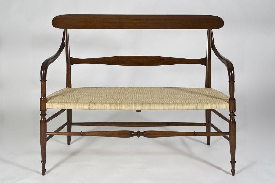 F.lli Levaggi - sedie originali di Chiavari: Il divanetto Campanino Classico