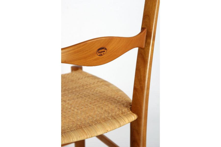 F.lli Levaggi - sedie originali di Chiavari: particolare del marchio a fuoco
