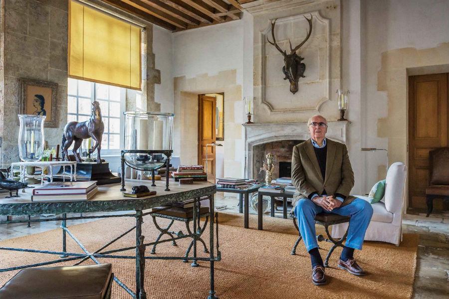 Hubert De Givenchy Chateau - Studio