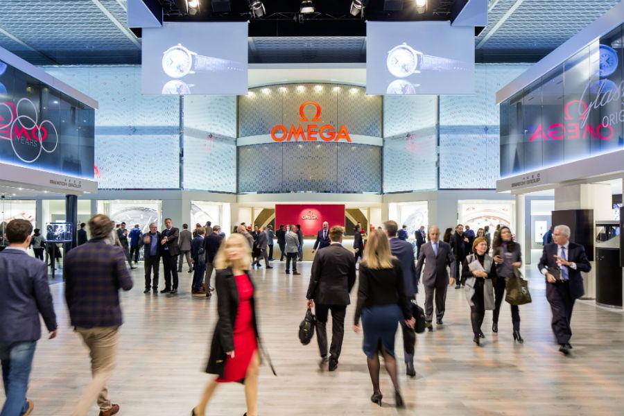 Baselworld 2018: Tra i padiglioni più imponenti, quello del leader brand Omega. nell'immagine.