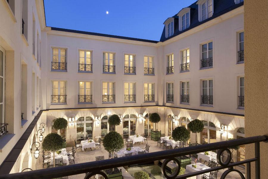 L'Auberge du Jeu de Paume Relais & Chateaux - cortile interno