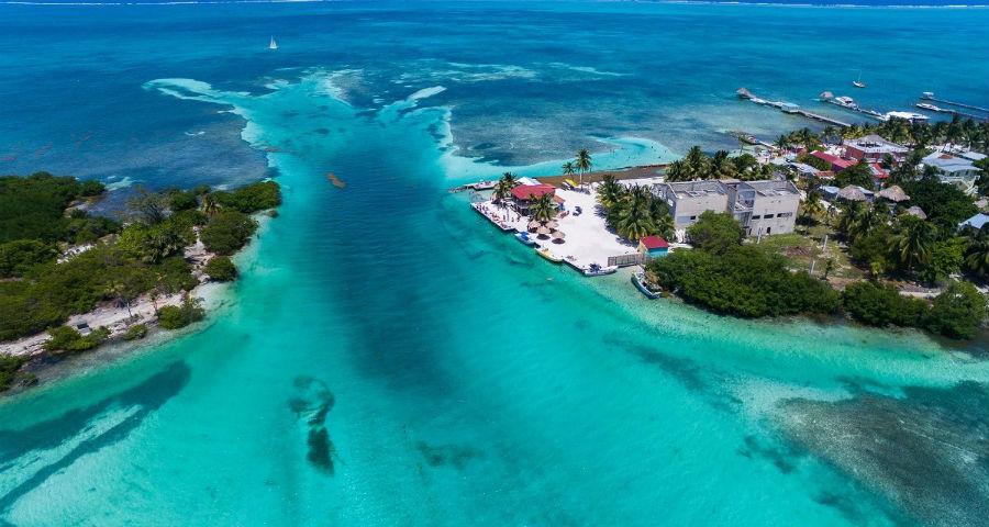 Belize City - una delle mete delle escursioni che partiranno dal resort Caye Chapel