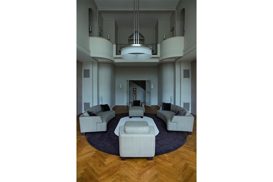 Le Corbusier - Villa Schwob: L'affascinante serie di colonne interne