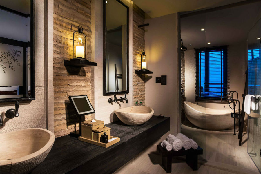 Oman - il luxury resort Alila Jabal Akhdar: bagno di una suite