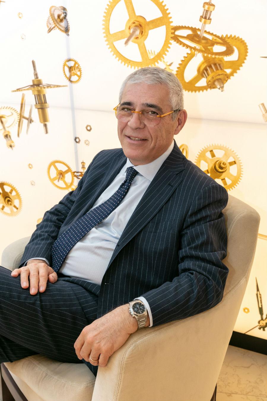 Pisa Orologeria – Milano – Il Dottor Bertini indossa il nuovo Laureato Chronograph, nuovo orologio Girard-Perregaux nella versione in acciaio.