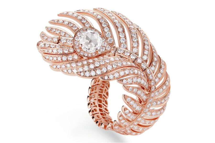 Boucheron - Plume de Paon 2018 - Anello in oro rosa, un diamante taglio a rosa e pavé di diamanti.