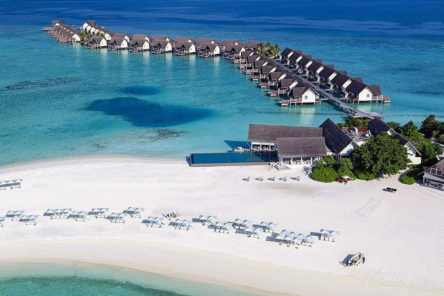 Landaa Giraavaru Four Seasons Resorts: ripresa aerea dell'intero resort