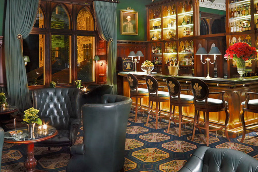 Ashford Castle Hotel in Irlanda:: lounge bar