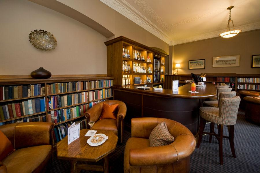 Isle of Eriska Hotel, Spa & Island - Scozia: biblioteca