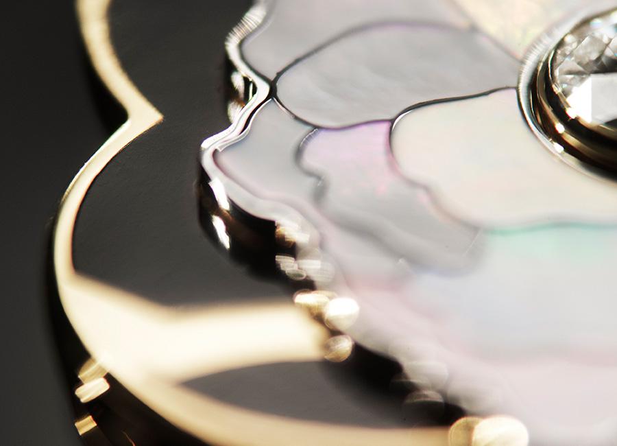 CHANEL GIOIELLI Fine Jewelry – Collezione Coromandel - FLEUR DE LAQUE - dettaglio