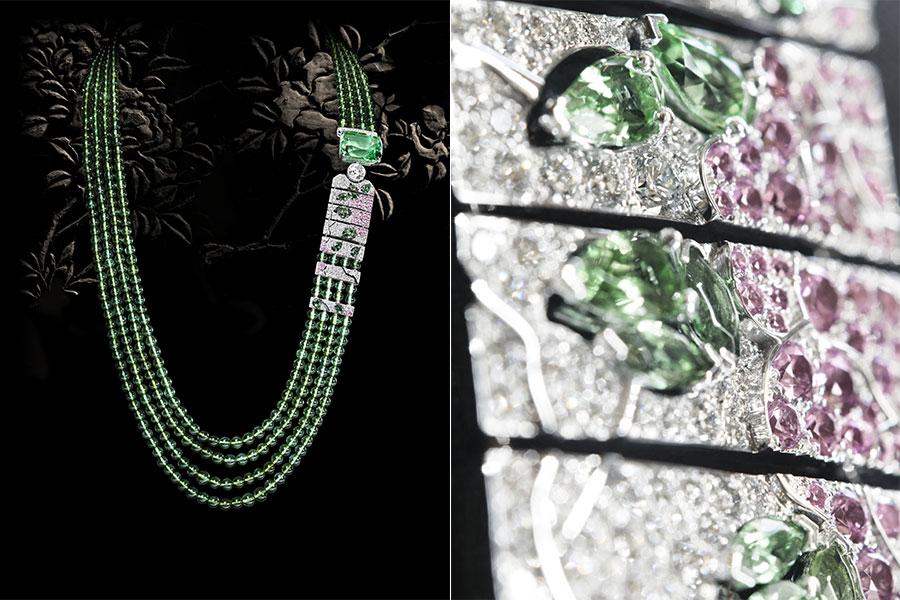 CHANEL GIOIELLI Fine Jewelry – Collezione Coromandel - Évocation Florale - Collana in oro bianco, tormaline verdi, granato tsavorite, diamanti, zaffiri rosa.