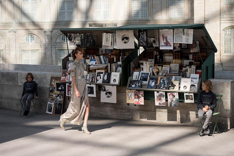 Chanel Haute Couture: modello della collezione autunno inverno 2018-2019