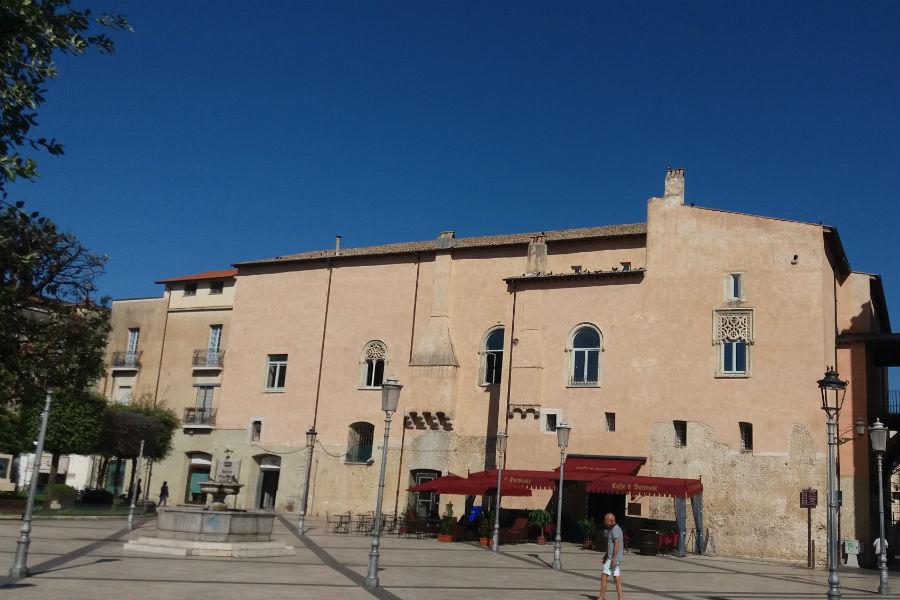 Palazzo Caetani – esterno