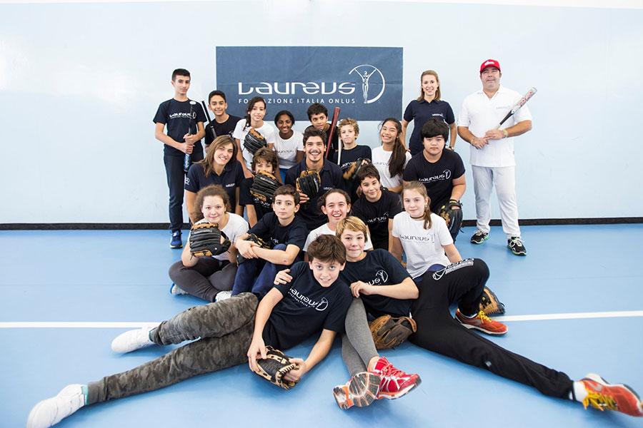 Alcuni bambini del progetto Polisportiva Napoli, sostenuto da Laureus Italia e IWC Schaffhausen