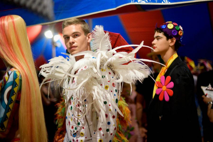 Moschino Resort 2019 e Menswear by Jeremy Scott