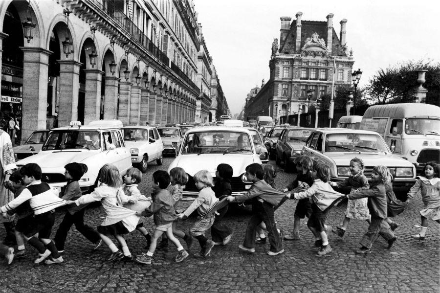Robert Doisneau, Le tablier de Rivoli, Paris 1978@ Atelier Robert Doisneau